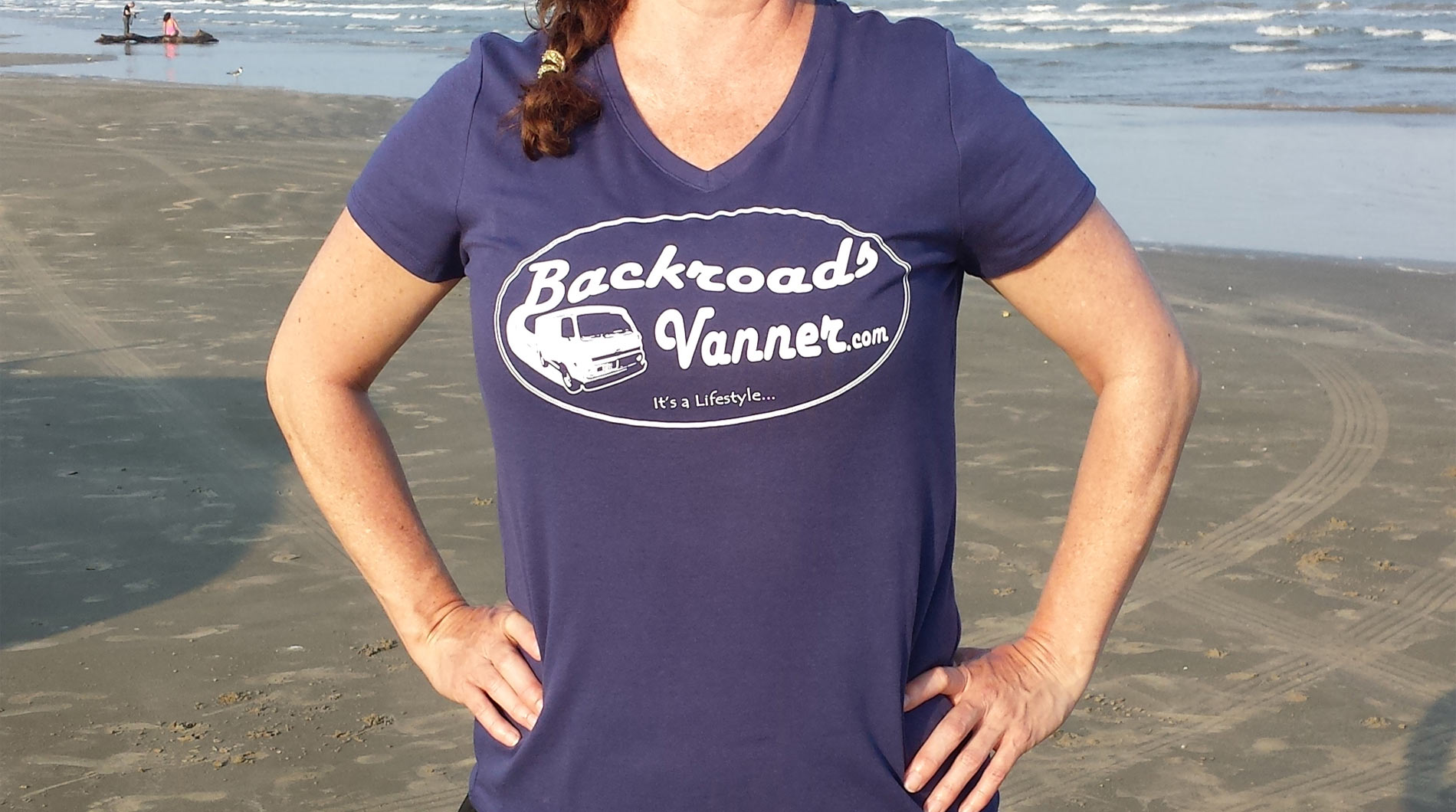 Women's Blue V-Neck T-Shirt with Vintage Backroads Vanner Logo