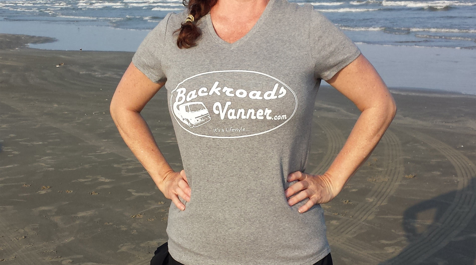 Women's Grey/White V-Neck T-Shirt with Vintage Backroads Vanner Logo